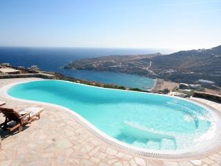 Villa Rhenianos I Rent holiday Villas on Mykonos Greece - Mykonos vacation rentals