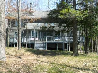 Serene Lake Michigan Home on High Bluff - Manistee vacation rentals