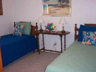 Perfect Apartment with Internet Access and Shared Outdoor Pool - Atlantic Beach vacation rentals