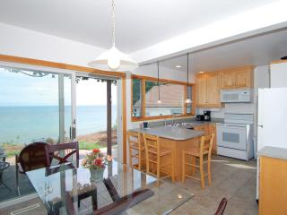 Lake Shore House on Lake Michigan! Dog Friendly! - Sheboygan vacation rentals