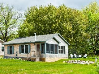 Fabulous 2 bedroom cottage on Penobscot bay - Belfast vacation rentals