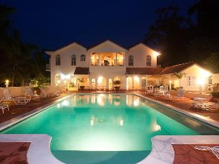 PARADISE PSH - 92721 - BREATHTAKING 9 BED VILLA | WITH POOL | NEAR GOLF COURSE - MONTEGO BAY - Montego Bay vacation rentals