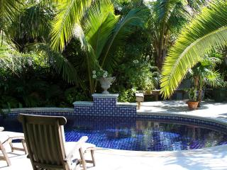 Nice House with Internet Access and Balcony - Harbour Island vacation rentals