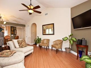 Stylish Large  2BR / 2BA  Luxury Fully Furnished - La Jolla vacation rentals