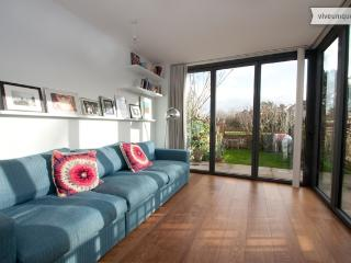4 bed Family Home in West London, Ladbroke Grove - London vacation rentals