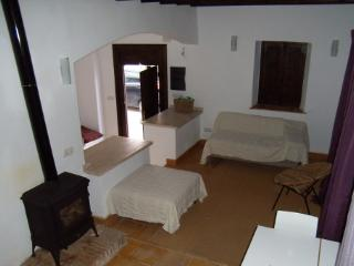CASA ROMANTICA fantastic place for a wedding night - Albunuelas vacation rentals
