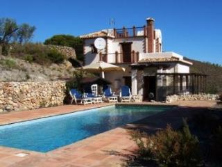 CASA GOLONDRINAS spectacular mountain villa 7 pers - Albunuelas vacation rentals