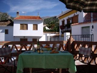 CASA MADRIGAL nice house for walkers - Durcal vacation rentals