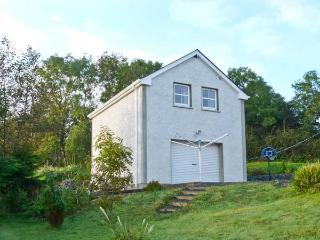 WILLOWTREE LODGE APARTMENT, welcoming property, open plan living area, garden, near Rossnowlagh, Ref 19589 - Ardara vacation rentals