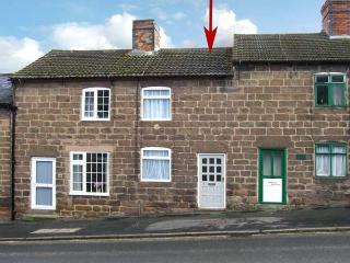 COSY NOOK, romantic retreat, close to walks and cycle rides, courtyard, in Cromford, Ref 20058 - Cromford vacation rentals