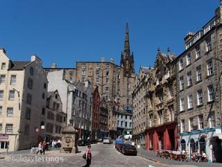 The Grassmarket flat - situated 3rd floor on right - The Wee Scottish Retreat  { in the Grassmarket } - Edinburgh - rentals