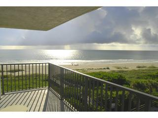Corner unit with private wrap-around balcony - Direct Oceanfront with Great View at Cape Winds! - Cape Canaveral - rentals