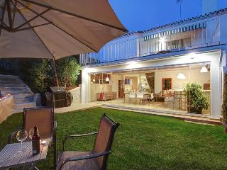 Stylish 4 bdr family villa near beach in Estepona - Estepona vacation rentals