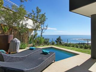 Camps Bay 3 BR, 5 Star Apt CB 095 + Private Pool ! - Camps Bay vacation rentals