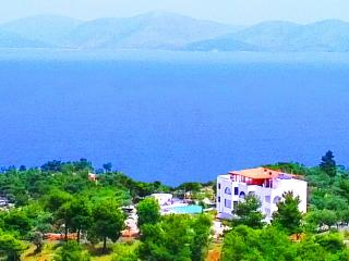 Villa Agnanti-12 bedrooms holiday Villa in Greece - Marathon vacation rentals