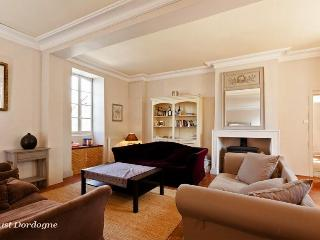 Luxury 4 bed Manor House - Ste Foy de la Grande - Bergerac vacation rentals