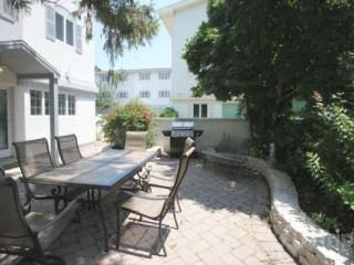 Ocean Block with Two Pools - Delaware vacation rentals
