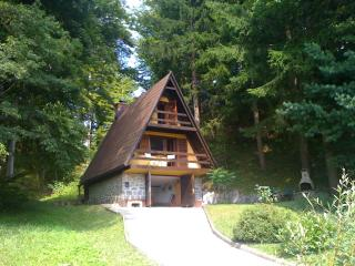 Perfect Cabin with A/C and Outdoor Dining Area - Slovenia vacation rentals
