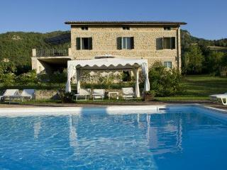 Private Villa with pool, 8 sleeps, Le Marche - Montedinove vacation rentals