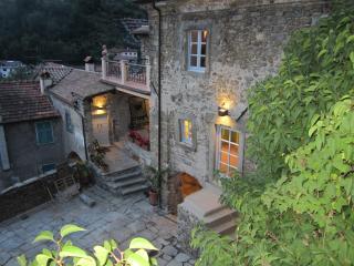 La Casa Padronale del Poggiolo in Codiponte, Italy - Codiponte vacation rentals