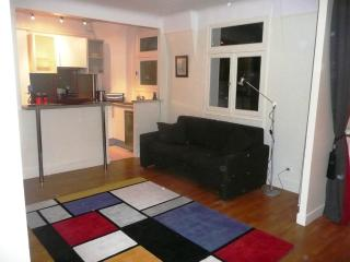 Nice Apartment Rental in Auteuil, Paris - Paris vacation rentals