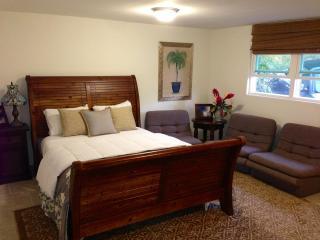Hawaiian modern studio apt by Sunset Beach - North Shore vacation rentals
