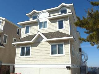 Spacious 5 bedroom House in Avalon - Avalon vacation rentals