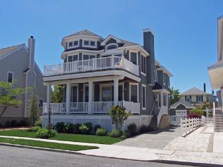 Bright 4 bedroom House in Stone Harbor - Stone Harbor vacation rentals