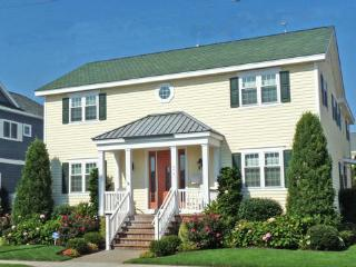 Bright 5 bedroom House in Stone Harbor - Stone Harbor vacation rentals