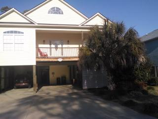 Barefoot Contessa-Private Pool/Golf Cart-Spring! - North Myrtle Beach vacation rentals