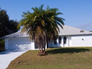 Joseph -Waterfront Home, 4 sleeps with heated pool - Port Charlotte vacation rentals