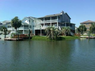 Canal Waterfront w/ Private Pool- 54 Scotland - Ocean Isle Beach vacation rentals