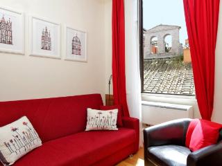 CR328c - Casa Rossa - Rome vacation rentals