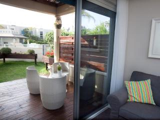 Lili's Place Quality 1BR Garden& pool Apartment - Herzlia vacation rentals