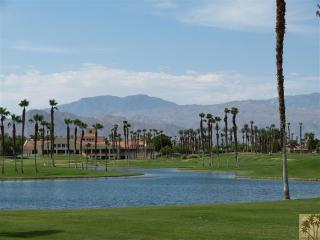 On the golf Course *Book Christmas 2015 Now - Palm Desert vacation rentals