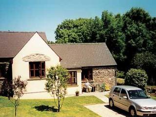 Holiday Cottage - Apple Tree Cottage, Trefin - Trefin vacation rentals