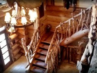 Majestic 5 bedroom Lodge - Family Reunion Heaven! - Monticello vacation rentals