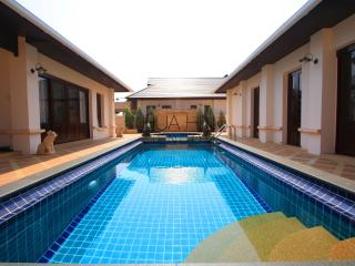 LUXURIOUS POOL VILLA - Prachuap Khiri Khan Province vacation rentals