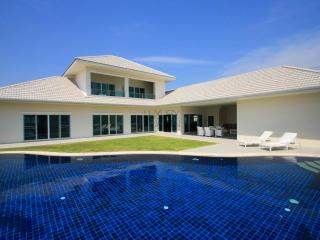 Elegant Pool Villa - Prachuap Khiri Khan Province vacation rentals