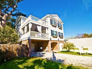 MILLION $ HOME, Elevator, Pool, Hot tub, sleeps 22 - Tybee Island vacation rentals