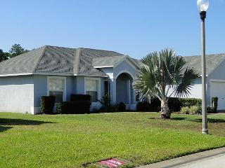 4 Bed 2 Large Pool Home Not Overlooked Free WIFI, Quiet Position. (AV337MCD) - Davenport vacation rentals