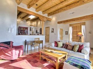 Perfect House with Dishwasher and A/C - Tesuque vacation rentals