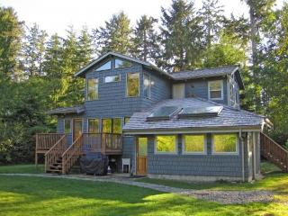 Nalu House Surfers Studio - Tofino vacation rentals