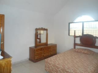 Perfect 2 bedroom Port-au-Prince Condo with Shampoo Provided - Port-au-Prince vacation rentals