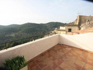 Beautiful Villa with Television and Satellite Or Cable TV - Claviers vacation rentals