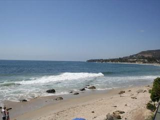 Call for best rate, 3 nights avail, steps to sand- coveted location. - Laguna Beach vacation rentals