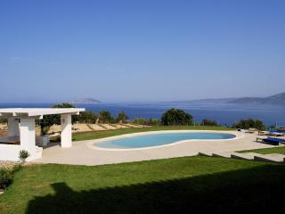 Luxurious contemporary villa on Saronic Gulf - Peloponnese vacation rentals