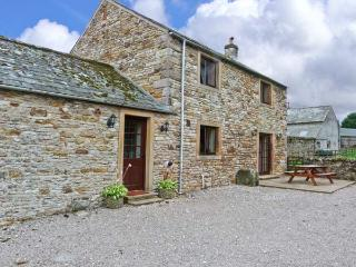 THE STABLE, working farm, open fire, patio with rural views in Shap, Ref 21755 - Shap vacation rentals