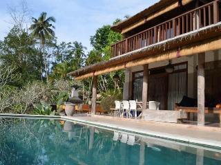 Combine hotel-like amenities with real Bali charm - Ubud vacation rentals