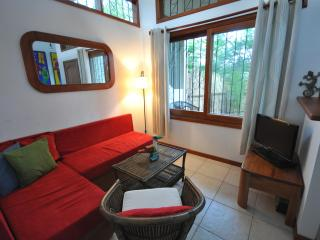 Cozy 2 bedroom House in Puerto Ayora with Short Breaks Allowed - Puerto Ayora vacation rentals